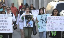 Artículo: Mexicans Demand an End to Femicide Following Death of 7-Year-Old Girl
