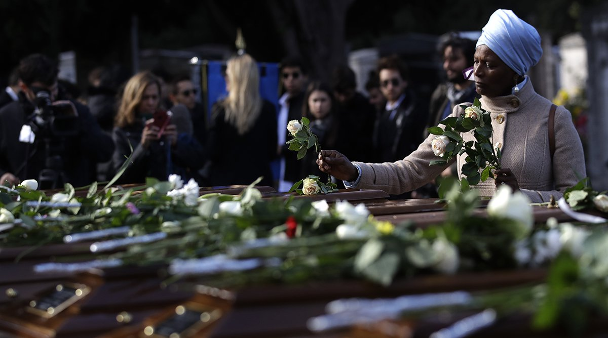 Italy laid to rest the bodies of 26 nigerian girls found dead at sea italy migrants drowned ffg izmirmasajfo