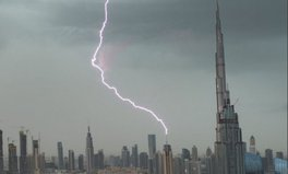 Article: Today in the world has gone crazy: It's raining in Dubai (seriously)