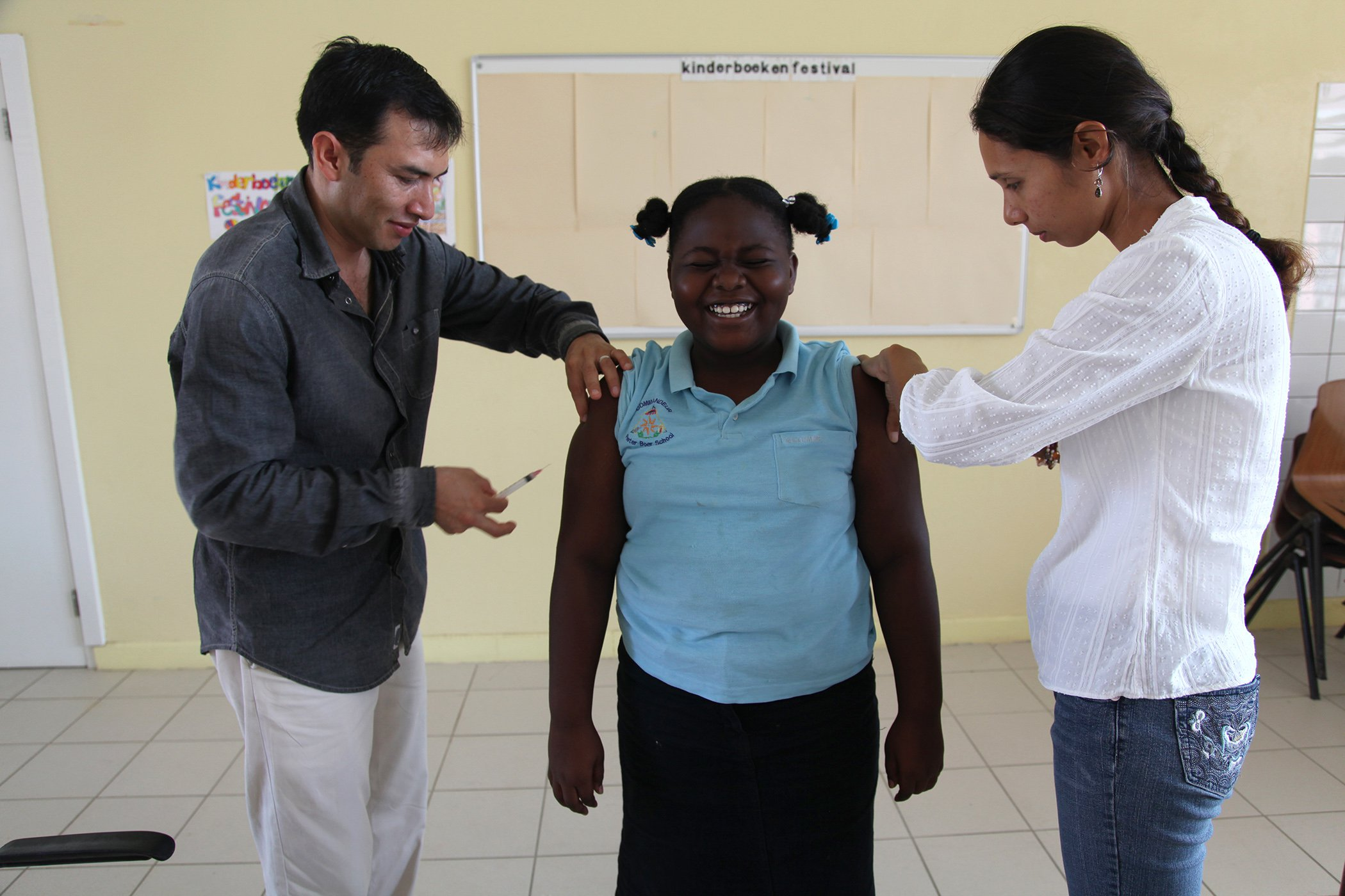 UNICEF_Vaccinations-Around-The-World_001.jpg