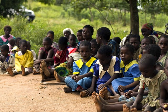 malawi schoolchildren