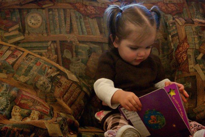 child read.jpg