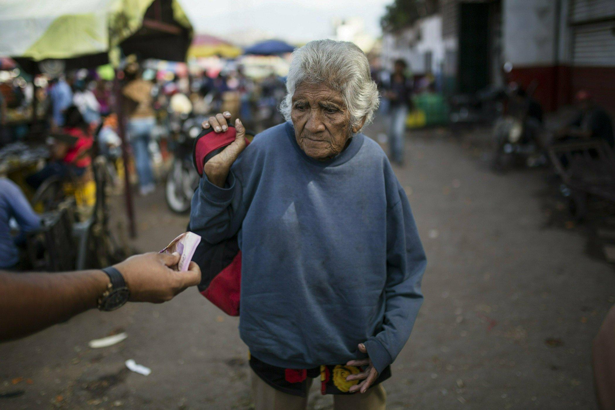 Venezuela-Crisis-Economy-Poverty.jpg