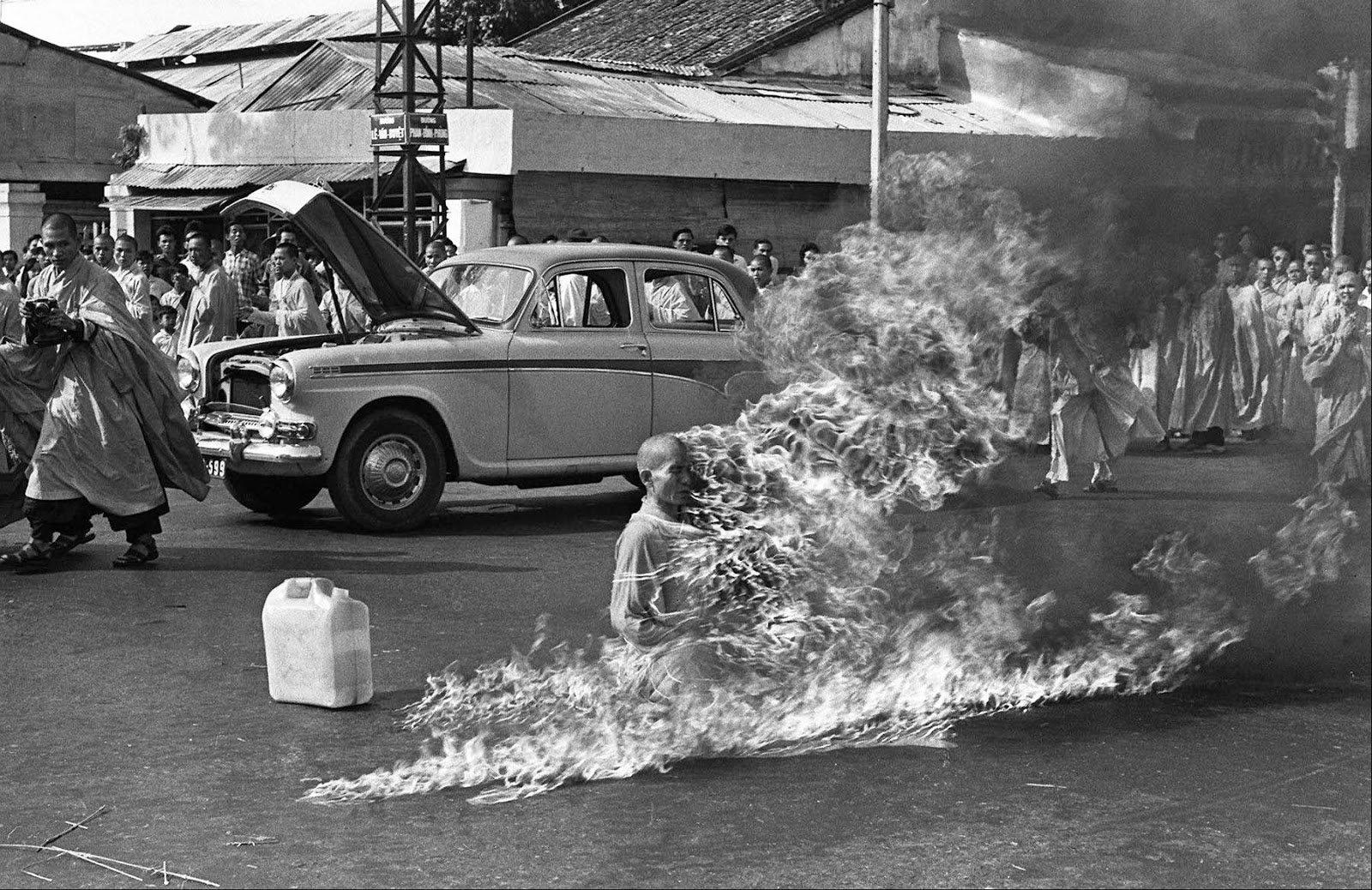The burning monk, 1963 (1).jpg