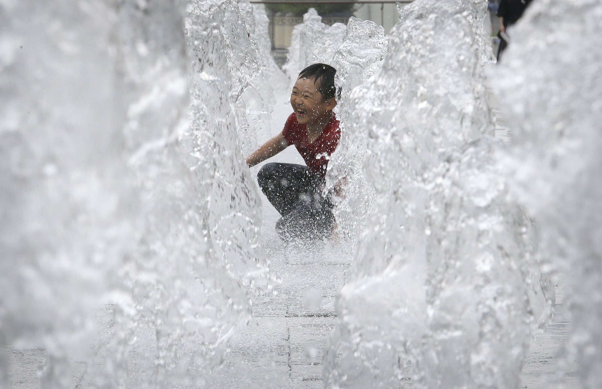 Environmental-Photos-July-SouthKorea-Heat.jpg