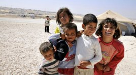 16_ways_to_help_syrian_refugees_now_hero