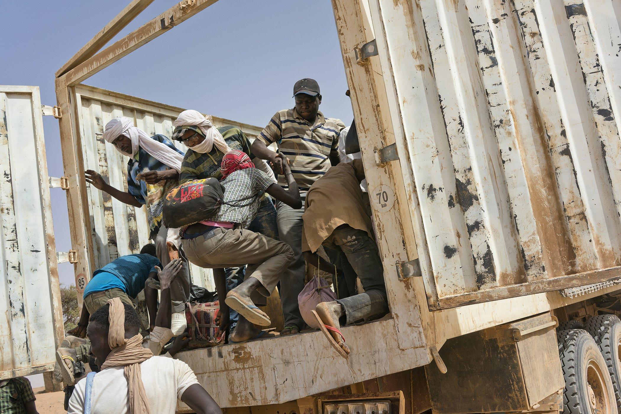 Sahara-Desert-Deady-Migration-Niger-2.jpg