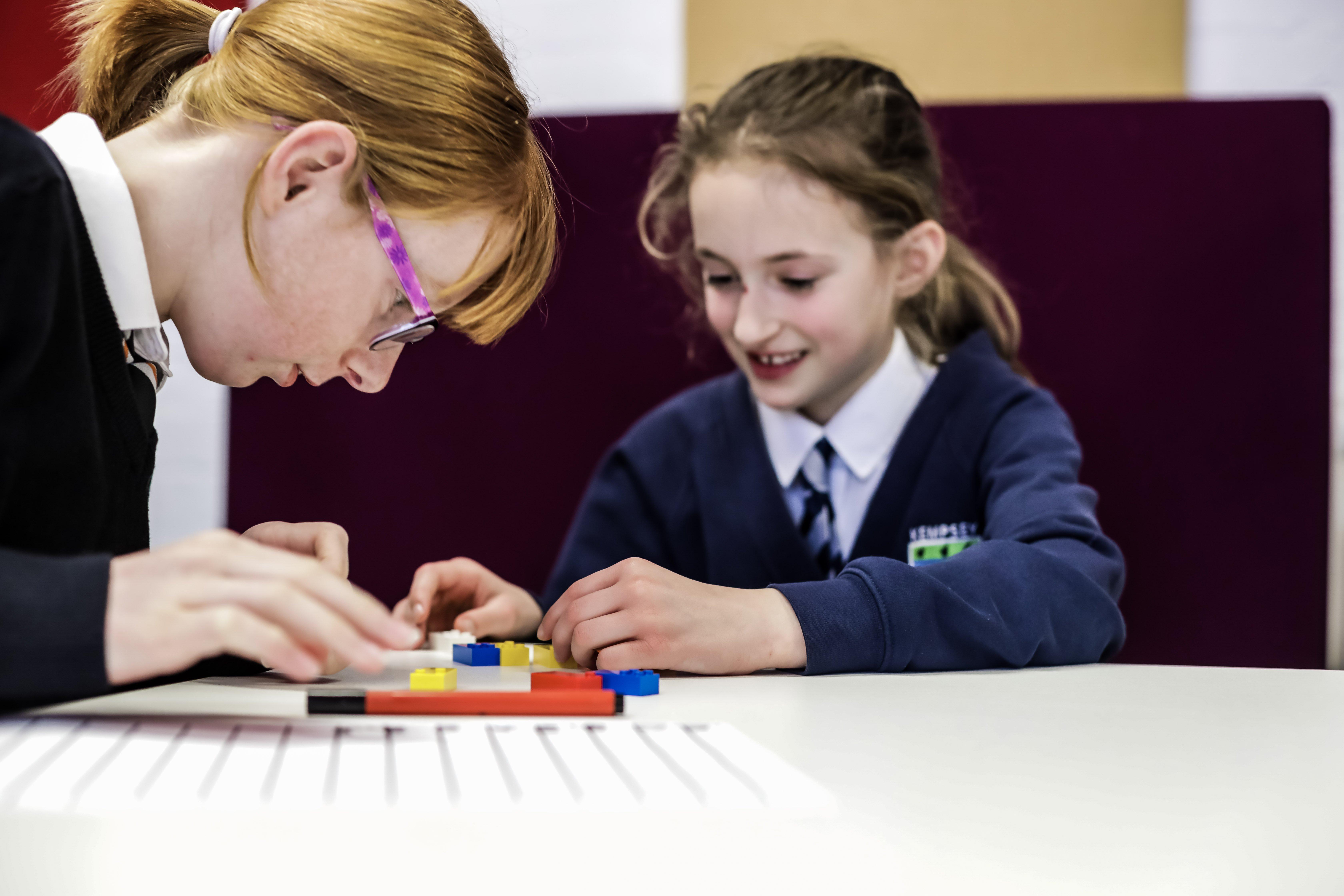 HighRes_Braille-Bricks_children_1.jpg