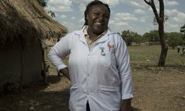 Merkmal: Mirriam tut alles dafür, die Menschen in Sambia vor Aids, Tuberkulose und Malaria zu schützen