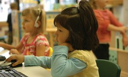 Artikel: Girls Start Doubting Their Own Intelligence at Age 6, Study Shows