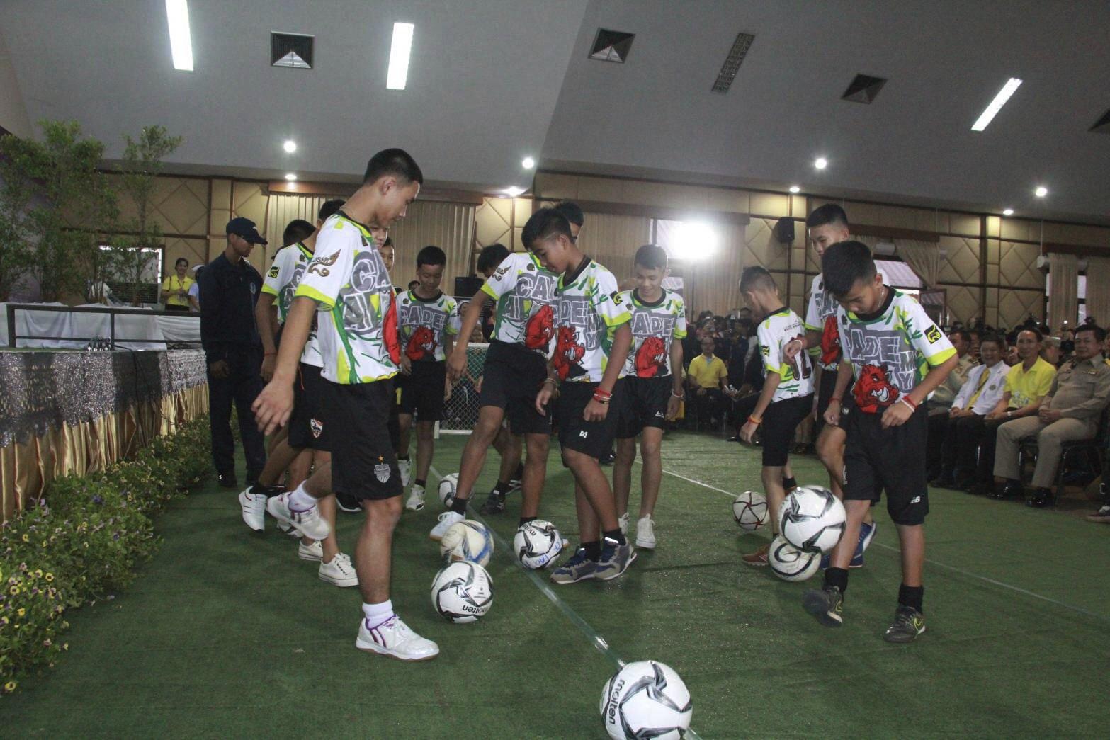 Thailand-Cave-Boys-Soccer.jpg