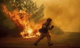 Article: These Photos Show the Terrifying Scale of California's Largest-Ever Wildfire