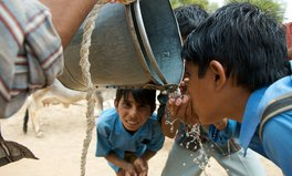 Article: India's Water Scarcity Crisis Disproportionately Affects Its Poorest Neighborhoods