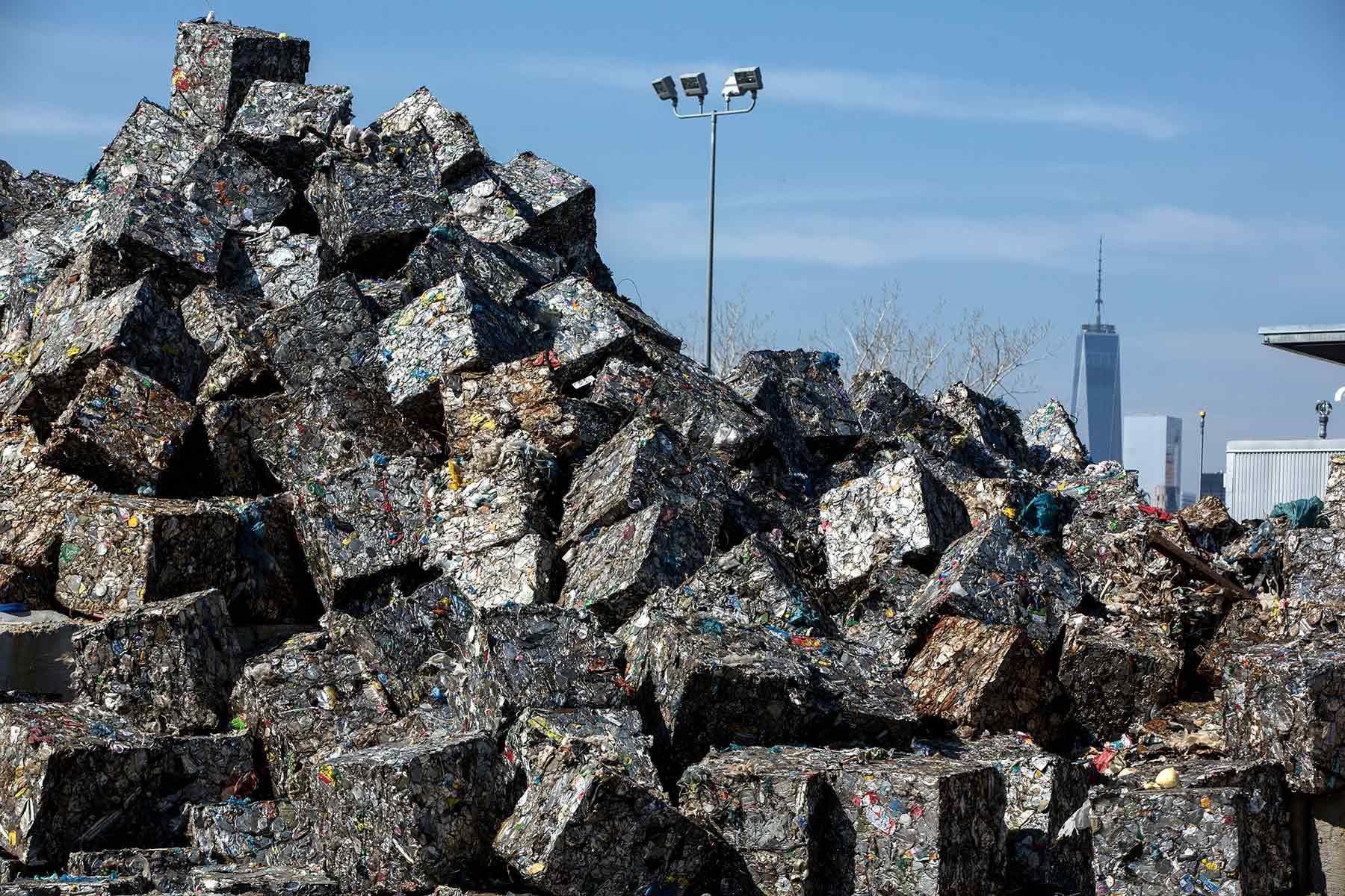landfill new york.jpg