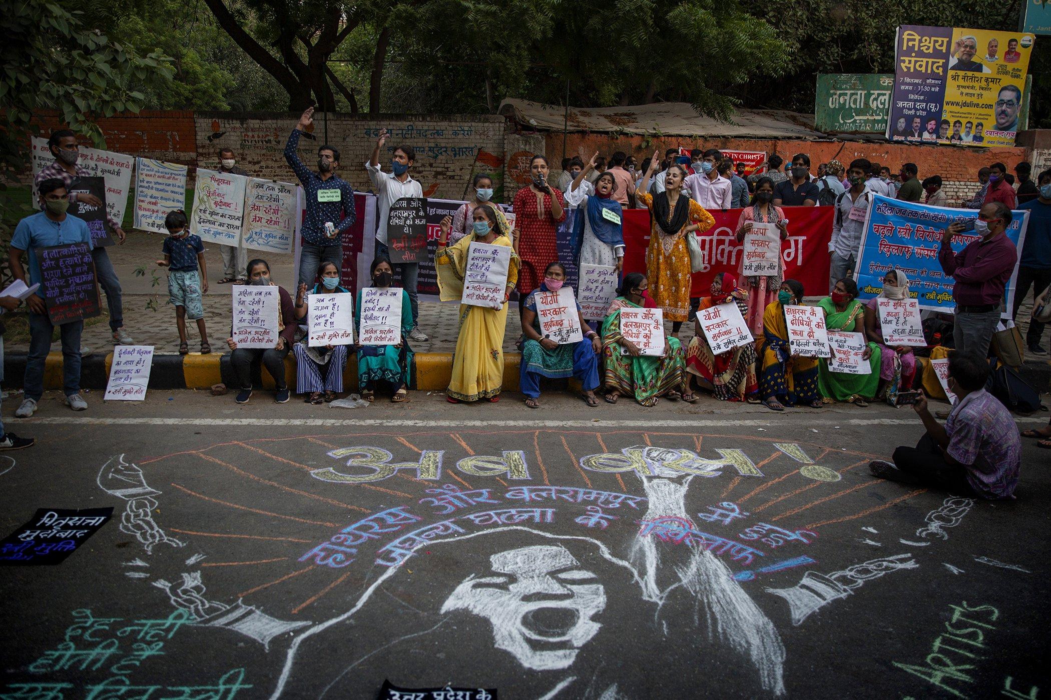 Gender-Violence-Femicide-Around-The-World-Explainer-004.jpg