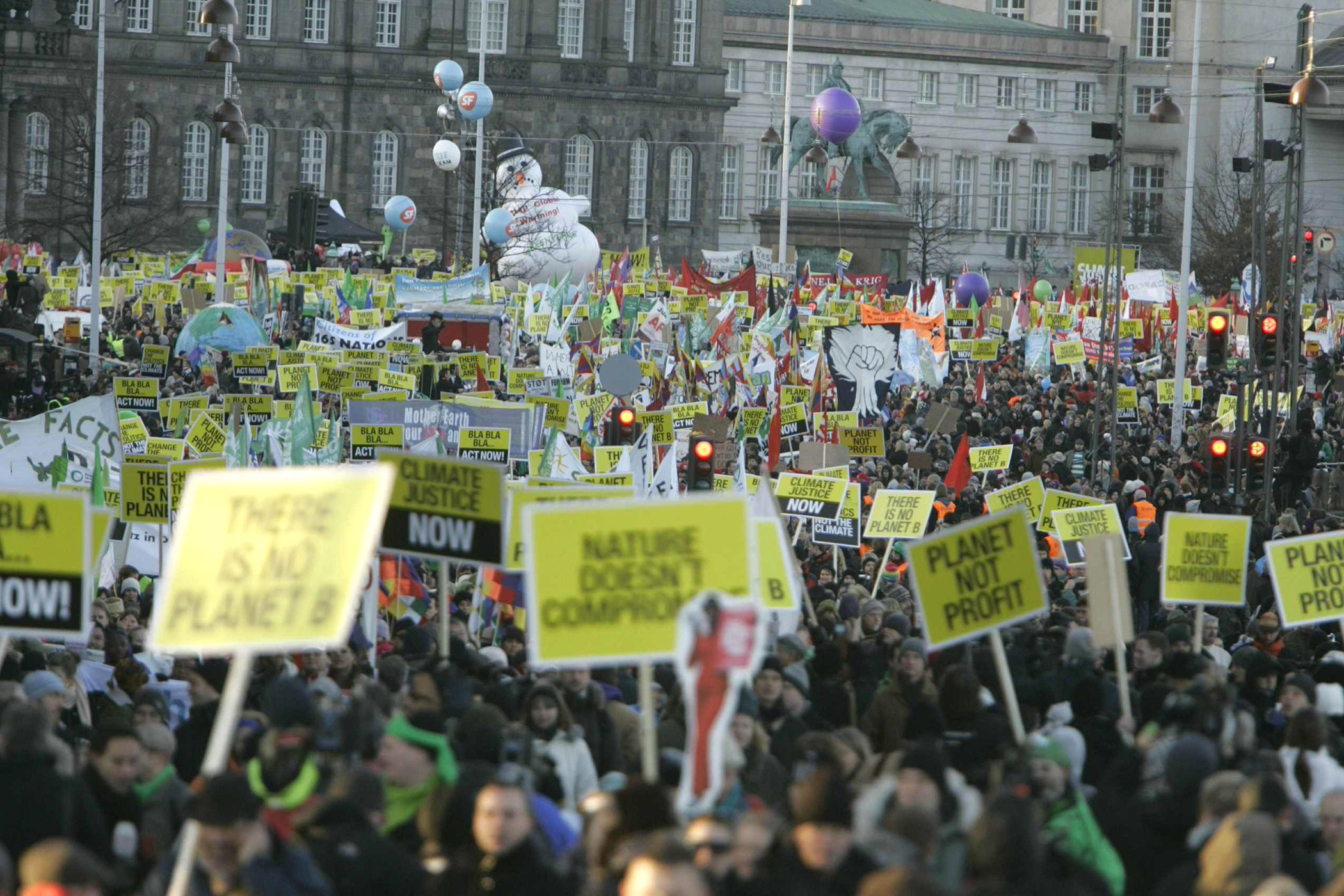Environmental-Movement-In-Pictures-Copenhagen-2009-Protests.jpg