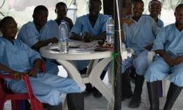 Artikel: Now is not the time to declare victory over Ebola