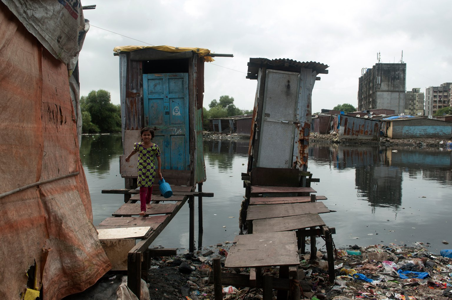 Toilets-Around-The-World-India.jpg