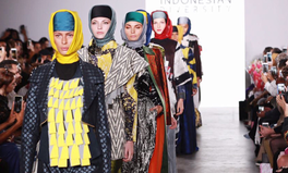 Article: Stylish, Not Oppressive — These Indonesian Designers Showcased Beautiful Hijabs at New York Fashion Week