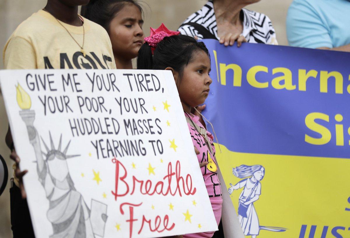 trafficking texas immigration ap.jpg
