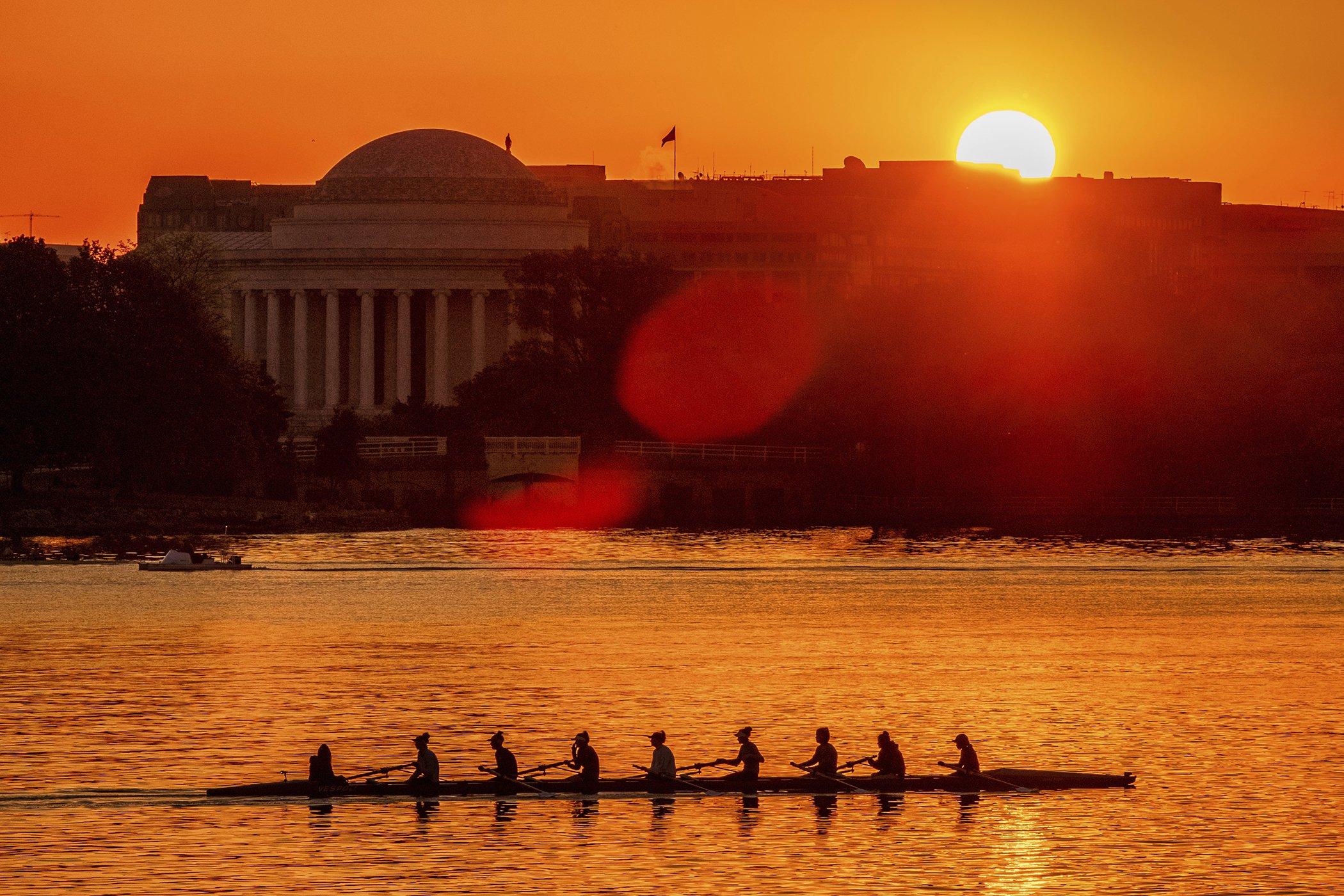 Washington-Daily-Life-Sun.jpg