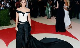 Article: Emma Watson wore a dress made of plastic bottles to the Met Gala