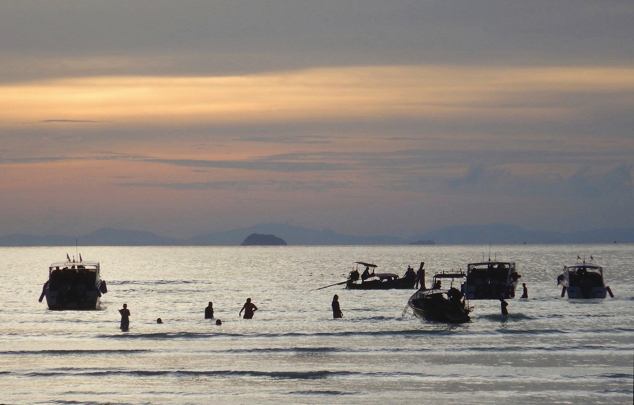 Thailand-Beach-Conservation.jpg