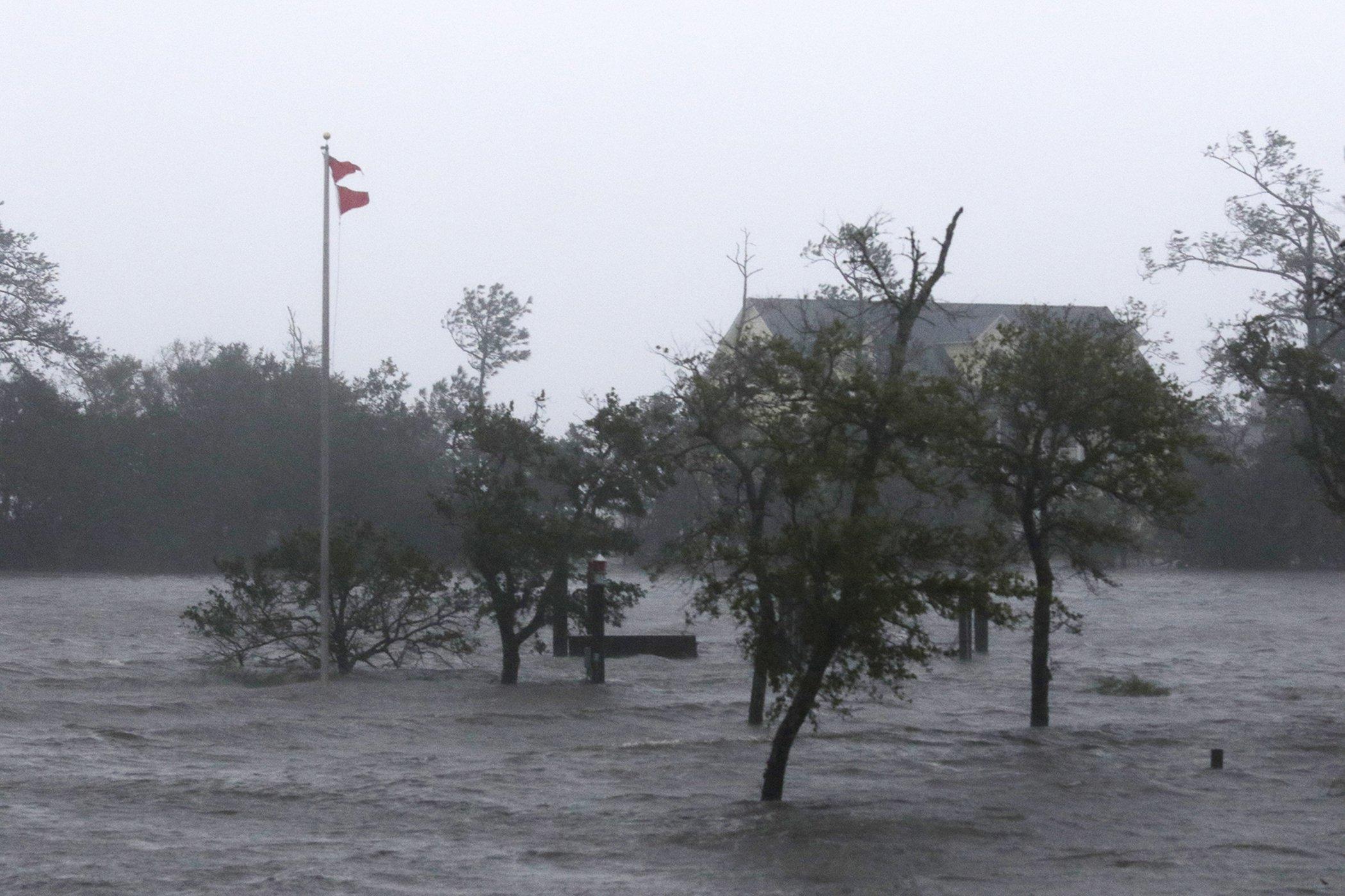 Hurricane-Florence-Carolinas.jpg