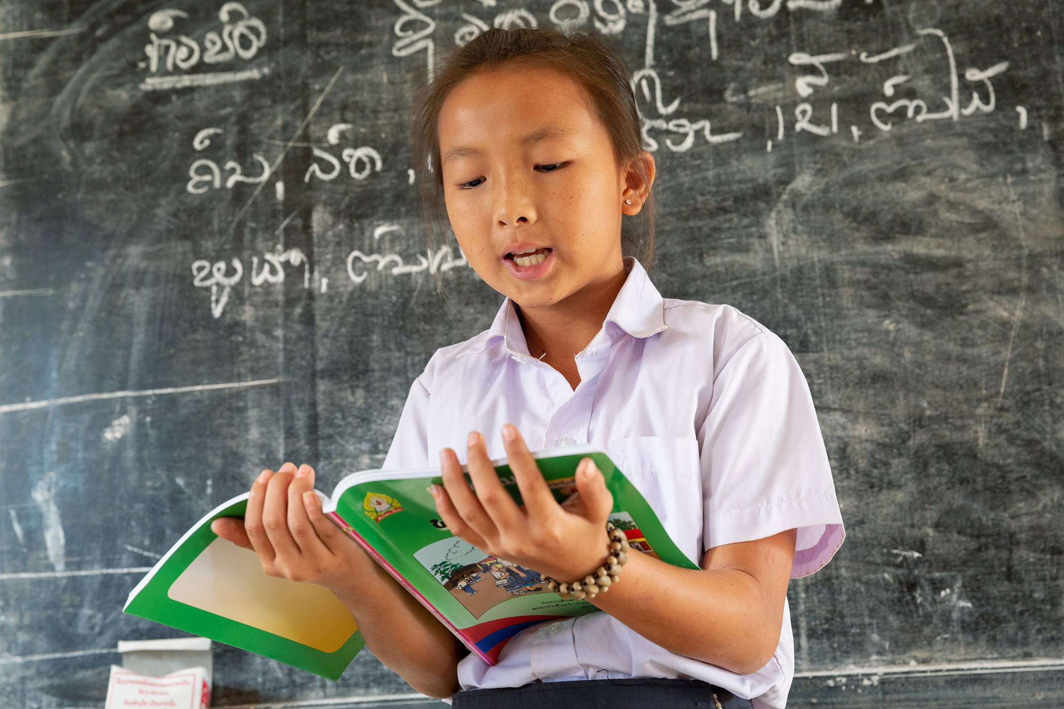 Girls-Education-Laos-001.jpg