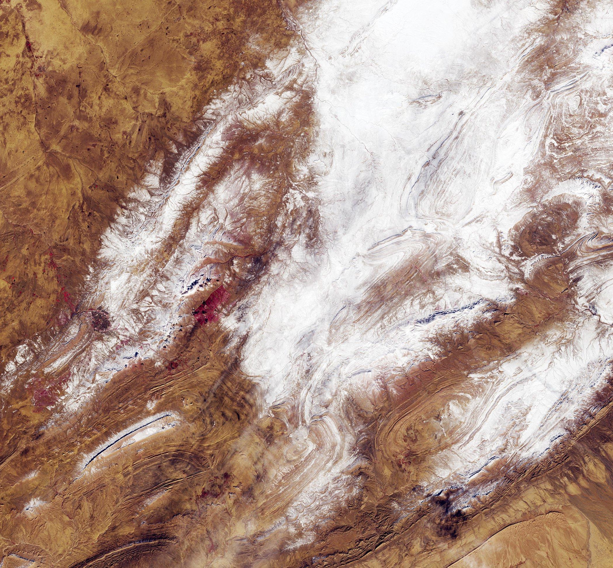 Snow-Sahara.jpg
