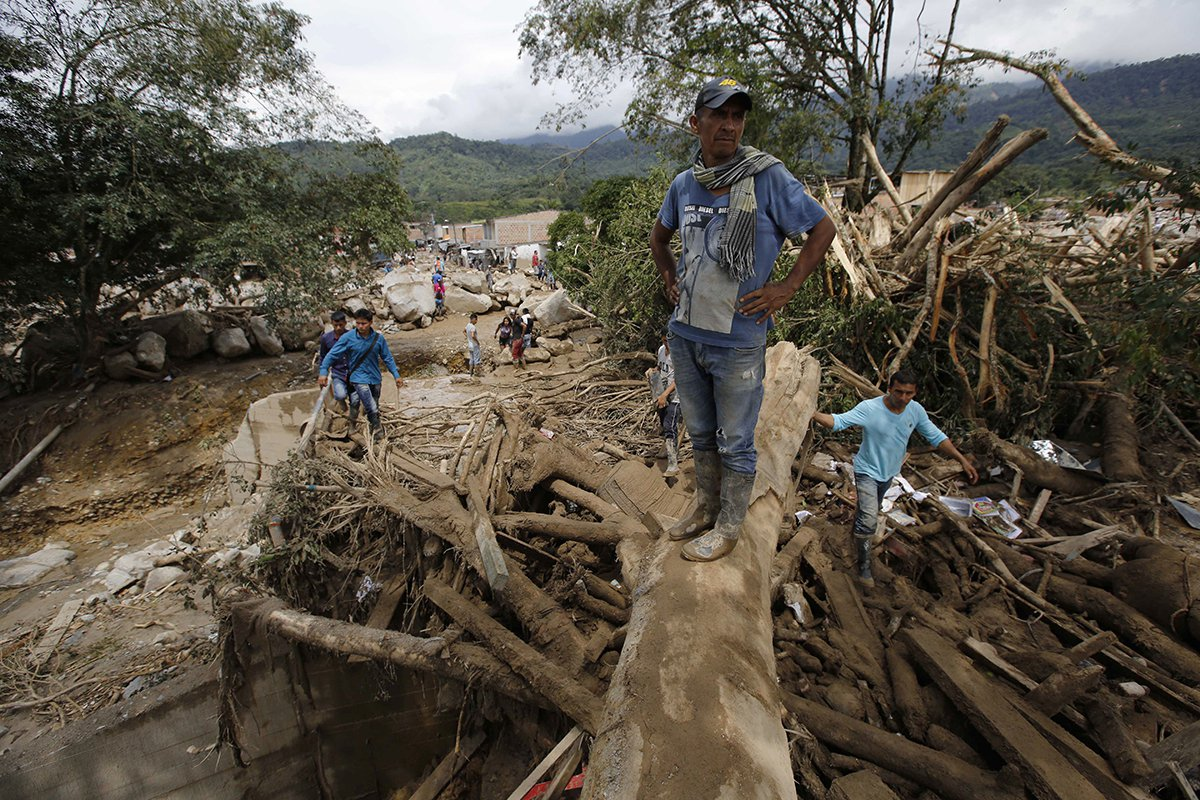 Worst-Natural-Disasters-2017-Bali-Colombia-Mudslides.jpg
