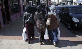 Article: Islamophobic Man Assaults Muslim Teen With Bacon