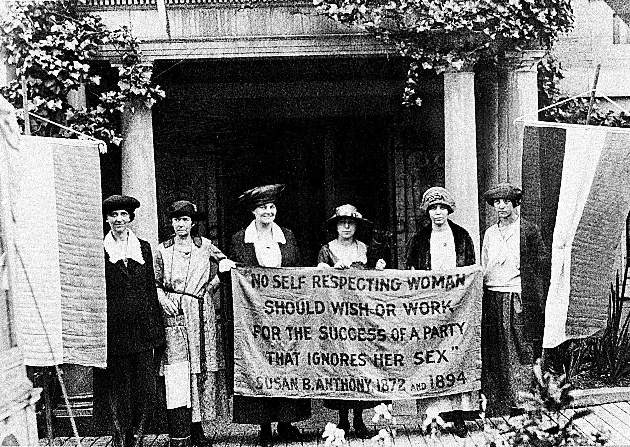 19th-Ammendmnent-100-Anniversary-Women-Vote-001.jpg