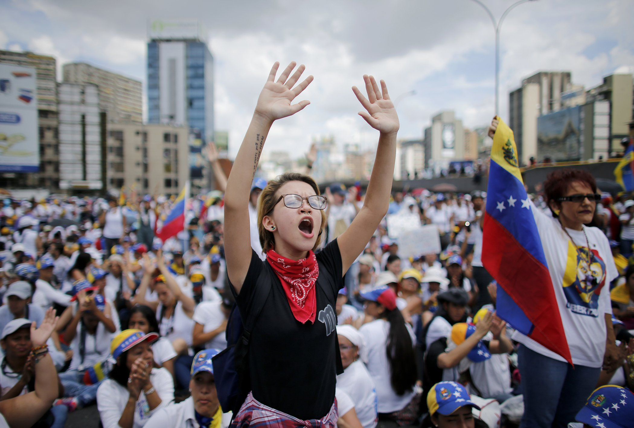 Women-In-2017-Venezuela-Womens-March.jpg