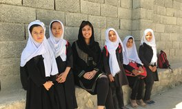 Artikel: Wie es ist, in einem Kriegsland Schulen zu bauen