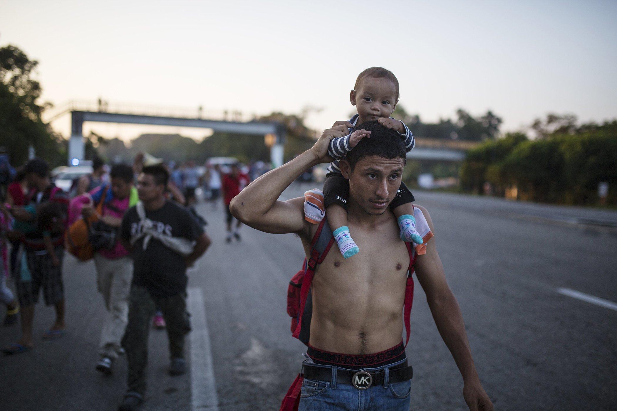 Migrant-Caravan-Hondouras-Trump-Midterm-Elections.jpg