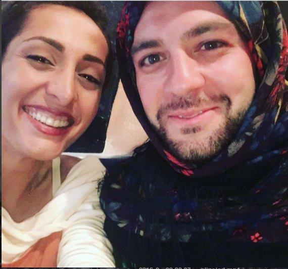 Men in hijab Iran2.png