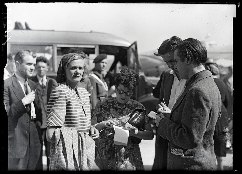 Author and playwright, Daphne du Maurier in Amsterdam, 31 May 1947