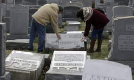 Article: This Muslim Woman Is Raising Money for Vandalized Jewish Cemetery