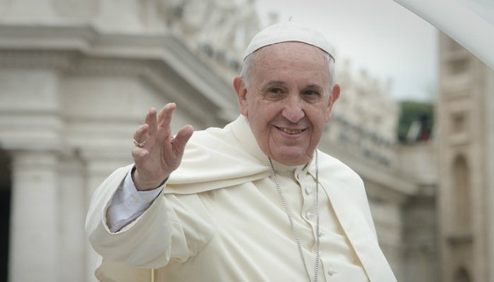 pope-francis-urges-the-world-to-abolish-the-death Hero.jpg