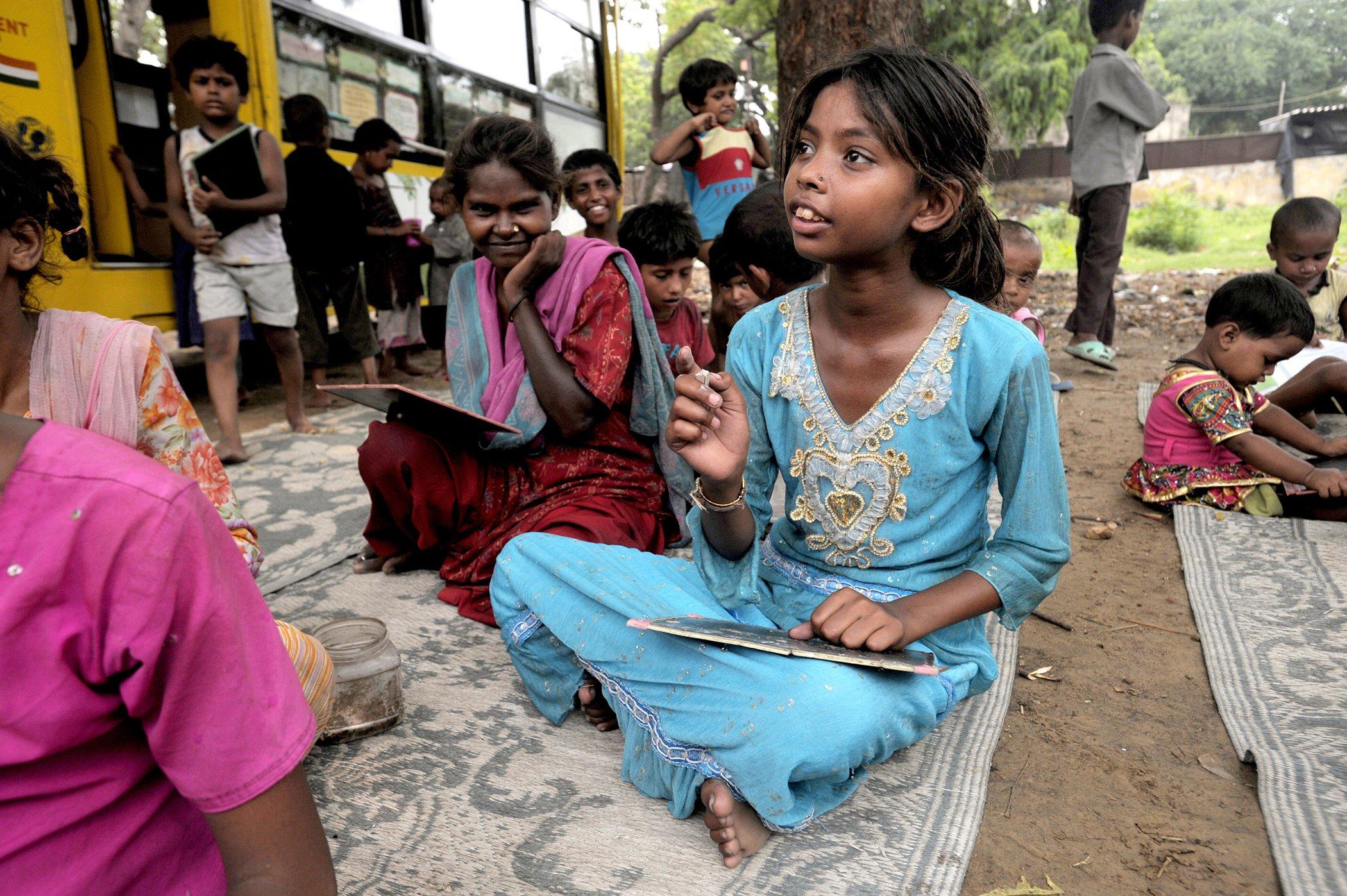 EducationAroundTheWorld_India_001.jpg