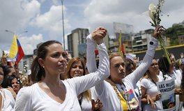 Article: Tens of Thousands of Women Wearing White Flood Venezuela's Streets in Protest