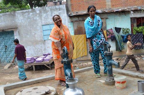 water_pumpBangladesh .JPG