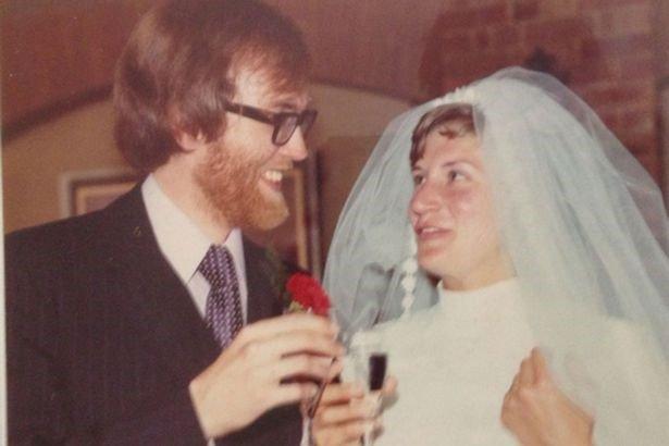 David and Sue Smith wedding day polio