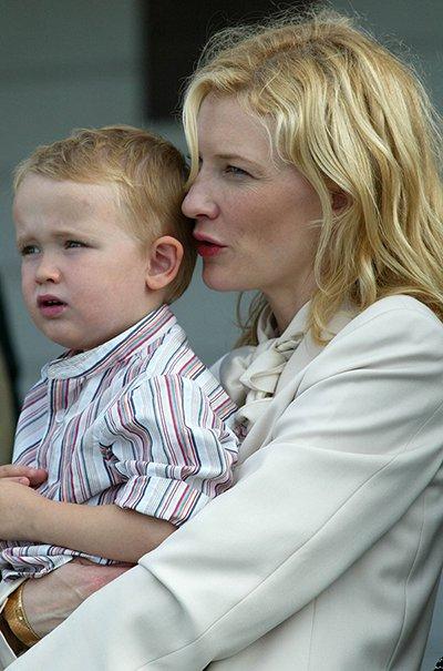 AP_05072404505_Cate_Blanchett_2005.jpg