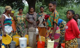 Artikel: Why Clean Water Is So Critical for Women and Girls Everywhere