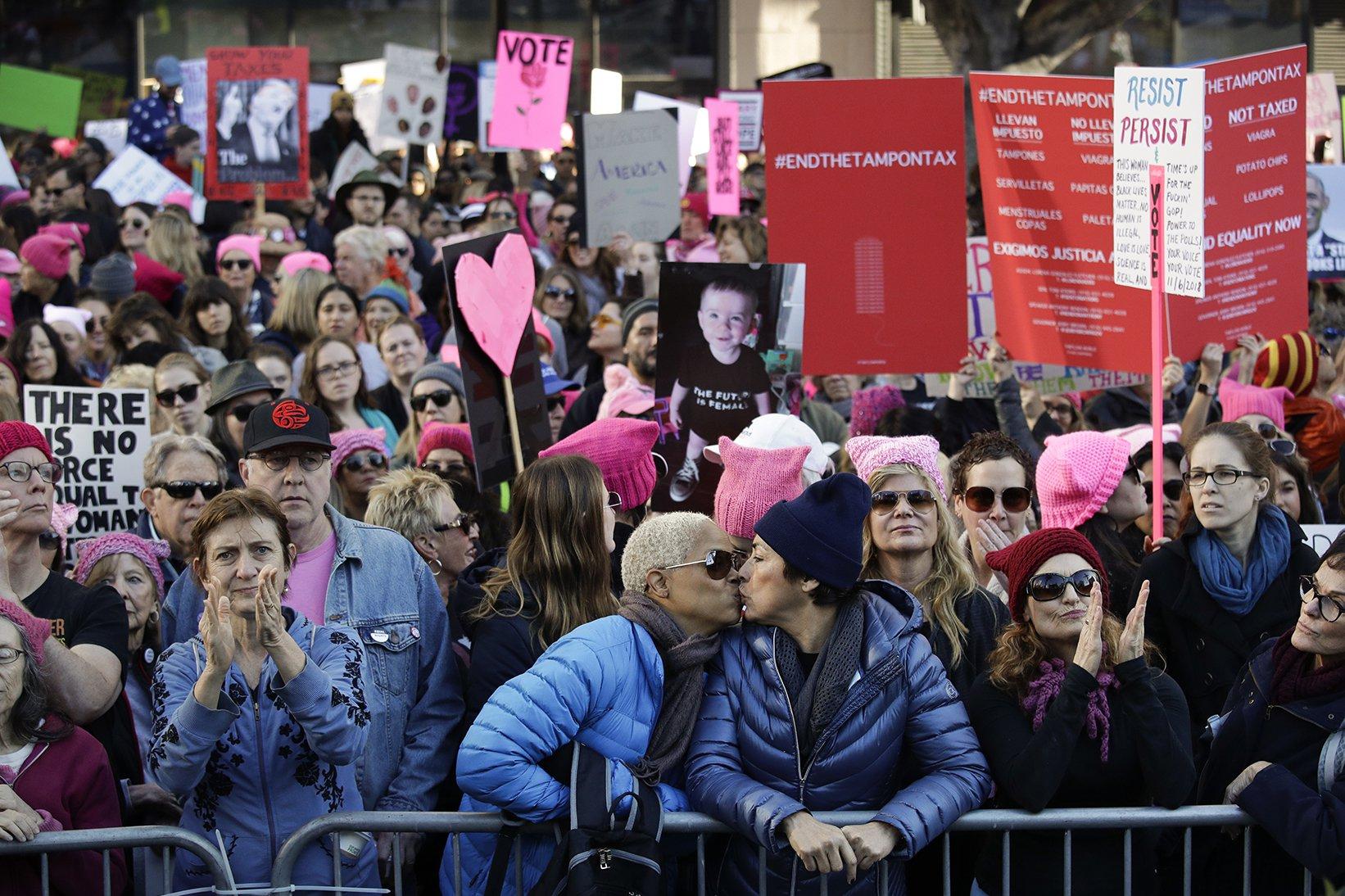 womens_march_LA_ap.jpg