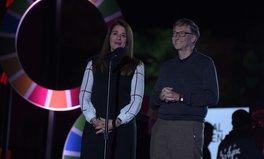 Artikel: Bill Gates Is Rallying Youth of India on 15-Year Journey to End Poverty