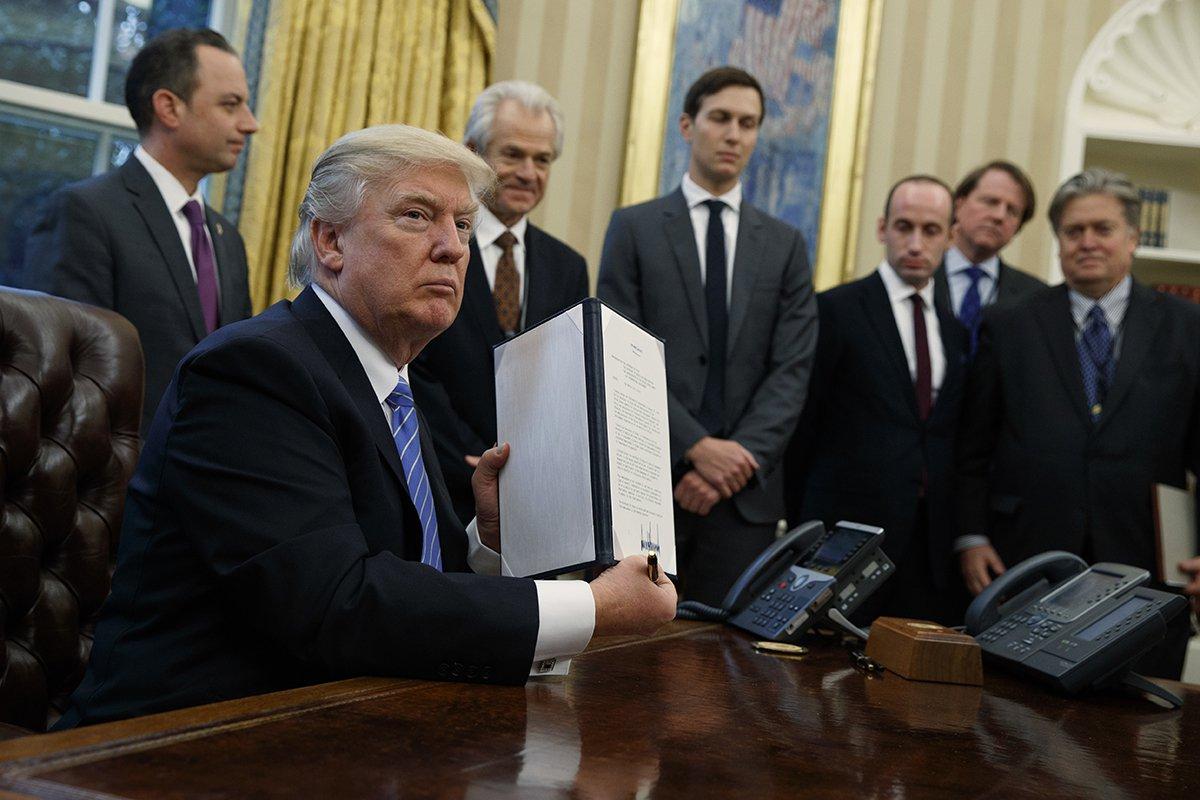 donald_trump_gag_rule_executive_order.jpg