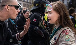 Article: This Girl Scout Faced Off a Neo-Nazi in This Epic Picture